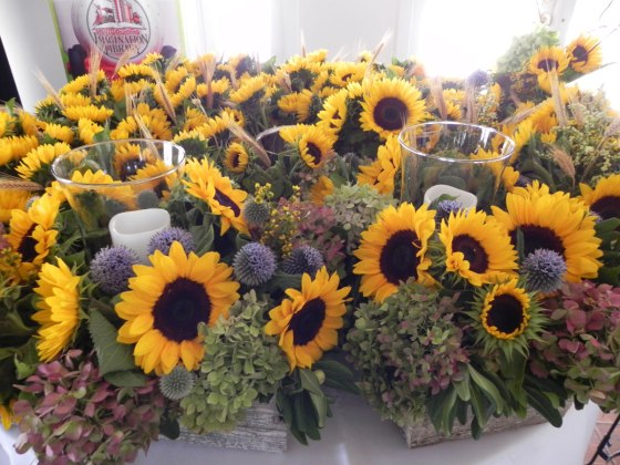 Table-of-sunflowers