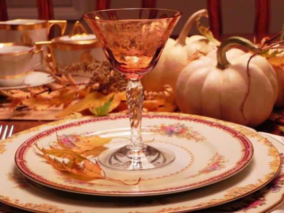 amber-etched-port-glass-with-white-pumpkins